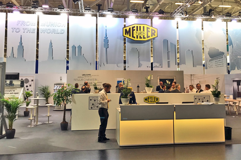 interlift-stand.jpg